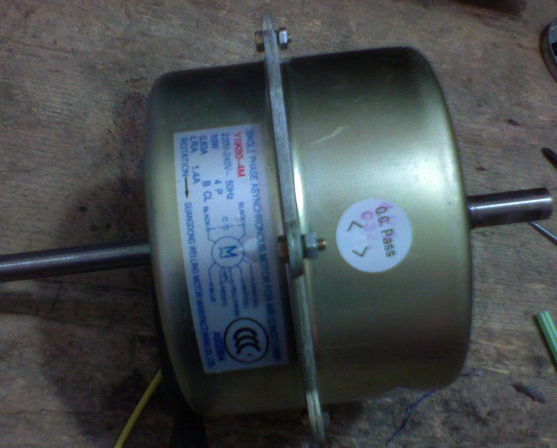 att-478a34cf46d50fan.jpg