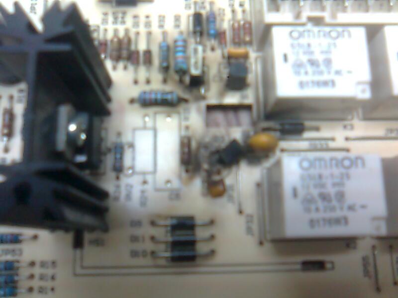 att-4ad43e42bf81fIA82.jpg