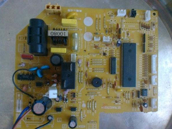 att-50e45c854a4f212JV.jpg