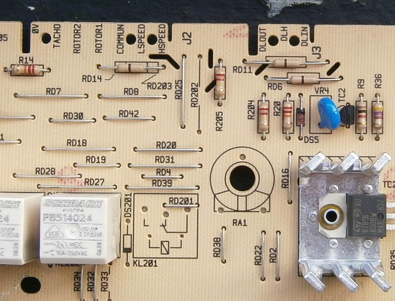 att-512dacec5b8a90002.JPG