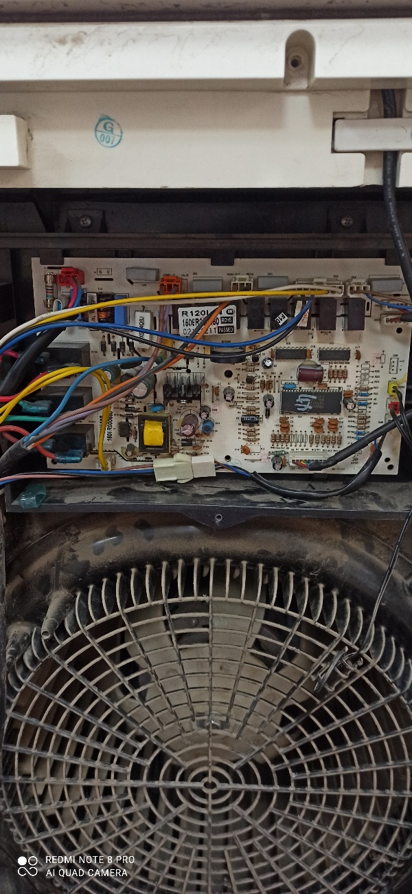 att-60cb84155d8cb60.jpg